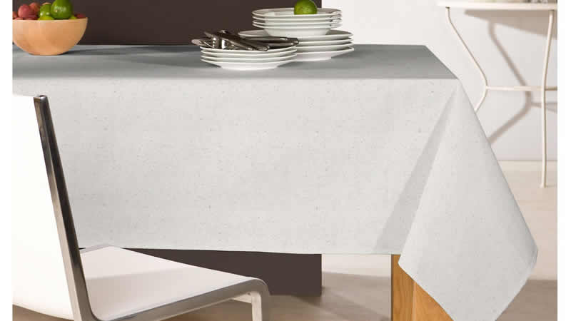 The Best Way to Store Your Table Linens