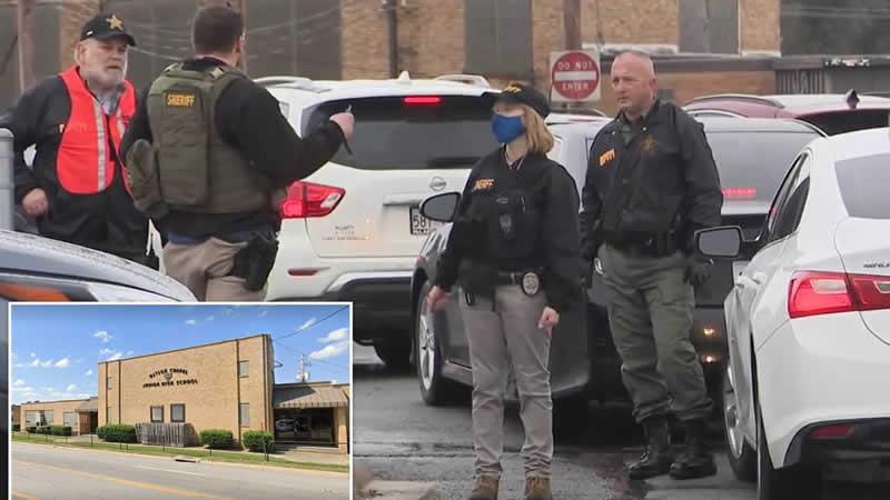15-year-old boy shot at Arkansas school