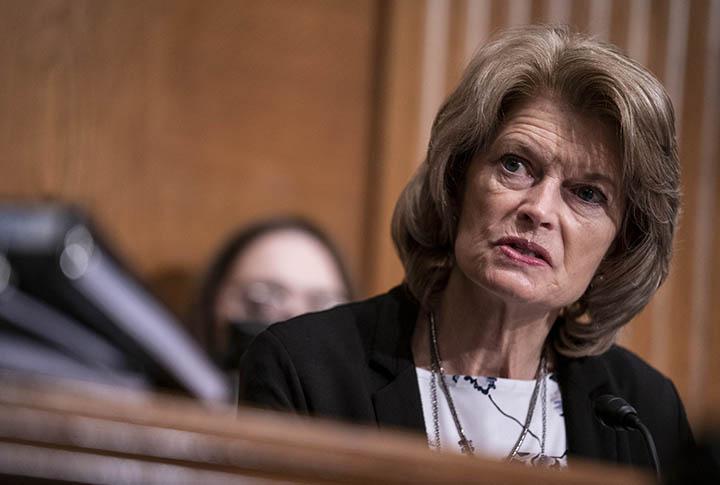 RINO Alaska Senator Lisa Murkowski Just Got a Primary Challenger! -